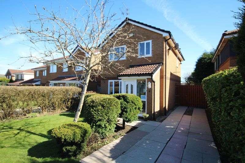 3 Bedrooms Detached House for sale in REDFERN WAY, Norden, Rochdale OL11 5NZ