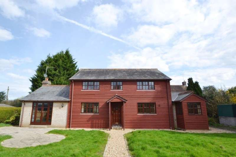 4 Bedrooms Detached House for sale in Verwood