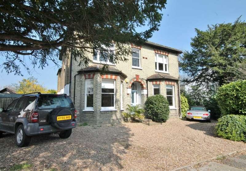 5 Bedrooms Detached House for sale in Poplar Grove, New Malden