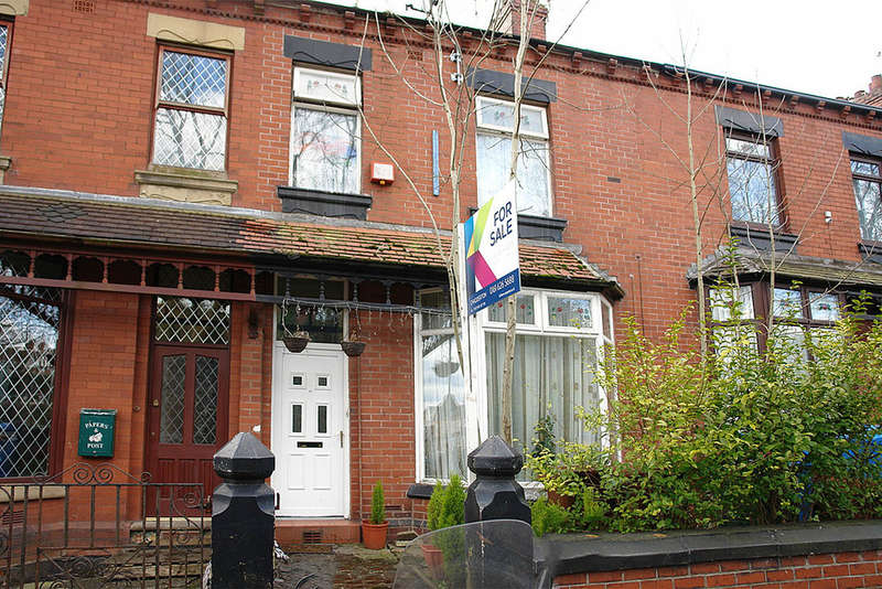 6 Bedrooms Terraced House for sale in Frederick Street, Oldham