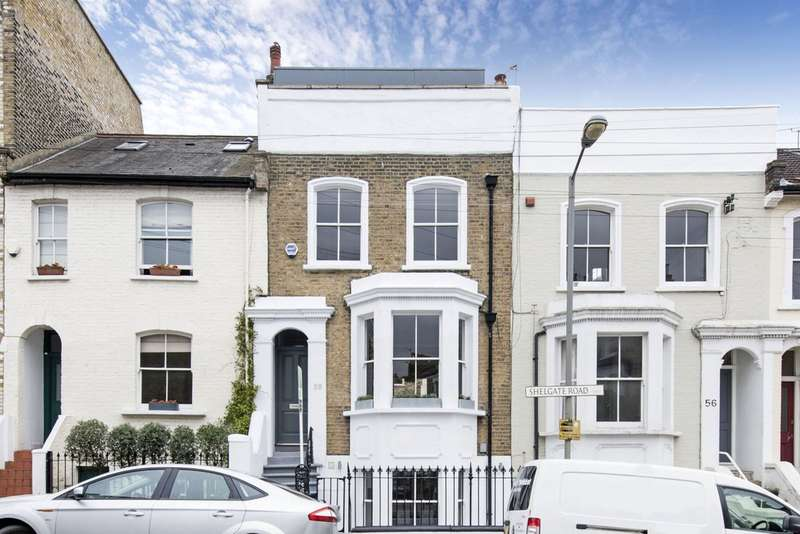 3 Bedrooms Terraced House for sale in Shelgate Road, Battersea, London