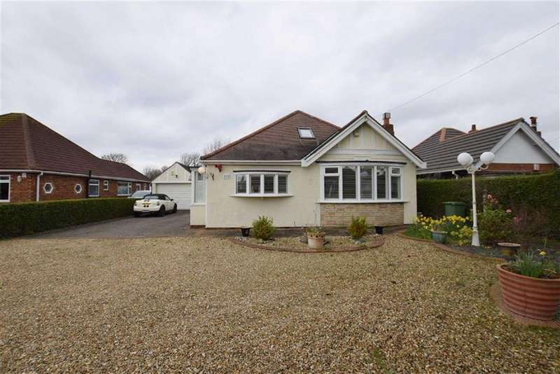 4 Bedrooms Bungalow for sale in Humberston Avenue, Humberston, North East Lincolnshire