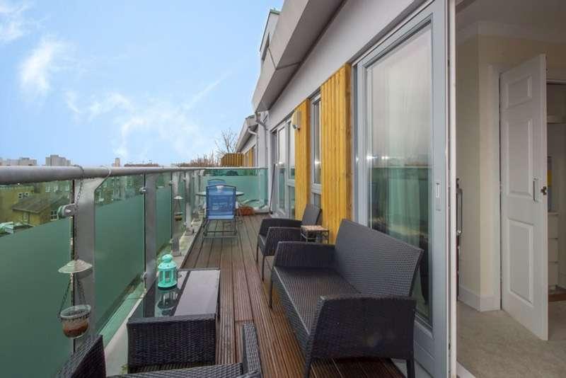 1 Bedroom Flat for sale in Evan Cook Close, London, London, SE15