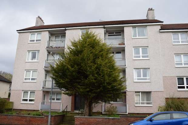 2 Bedrooms Flat for sale in 84 Balerno Drive, Flat 3/2, Mosspark, G52