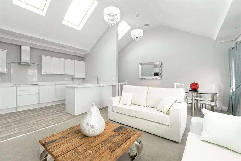 2 Bedrooms Flat for sale in Viscount Mews, Chislehurst, Kent, BR7