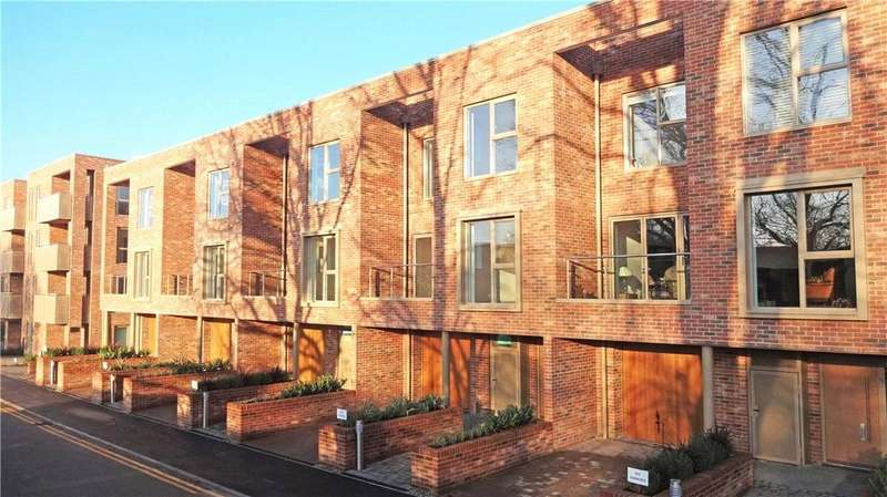5 Bedrooms House for sale in 4 Harrison Drive, Cambridge, CB2