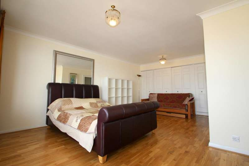 Flat for rent in Bedford Towers, Kings Road, Brighton