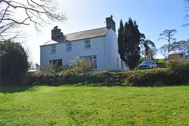 4 Bedrooms Detached House for sale in Penrhos, Penrhos, Pwllheli, Gwynedd