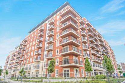 1 Bedroom Flat for sale in Goldhawk House, 10 Beaufort Square, Colindale