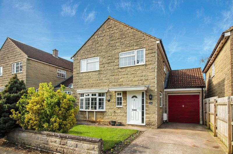 4 Bedrooms Detached House for sale in Georgian Court, Frome