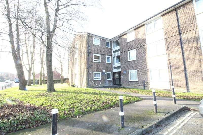 1 Bedroom Flat for sale in Northern Parade, Portsmouth
