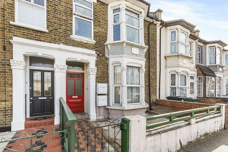 2 Bedrooms Flat for sale in Palmerston Road, Walthamstow