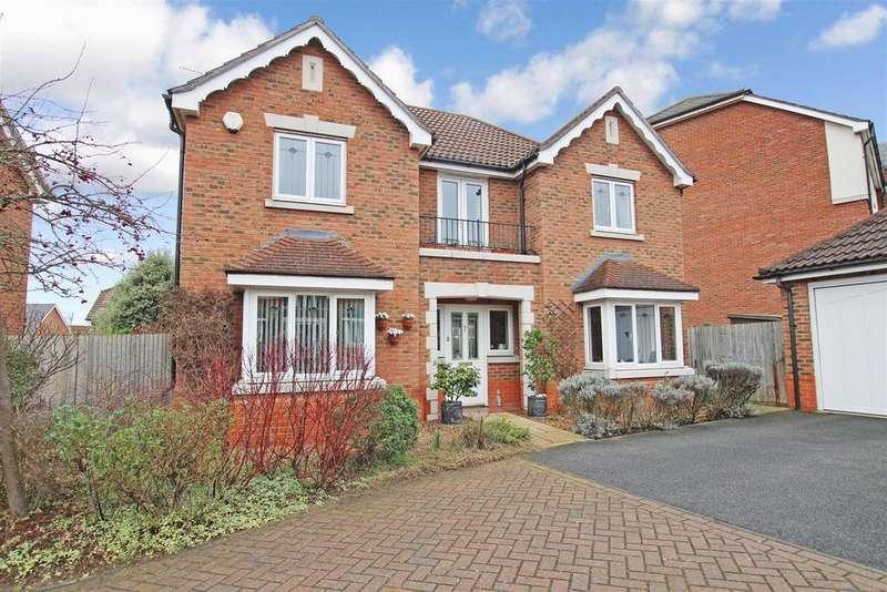 4 Bedrooms Detached House for sale in Barnock Close, Braeburn Park, Crayford