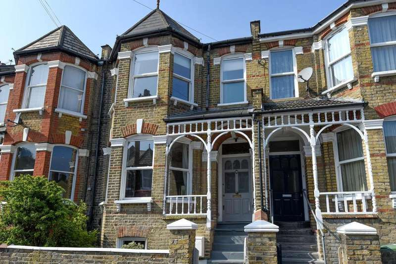 4 Bedrooms Terraced House for sale in Sandrock Road, Lewisham, SE13