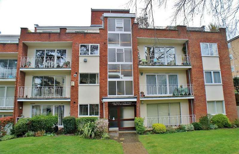 3 Bedrooms Flat for sale in The Pines, 23 The Knoll, Beckenham