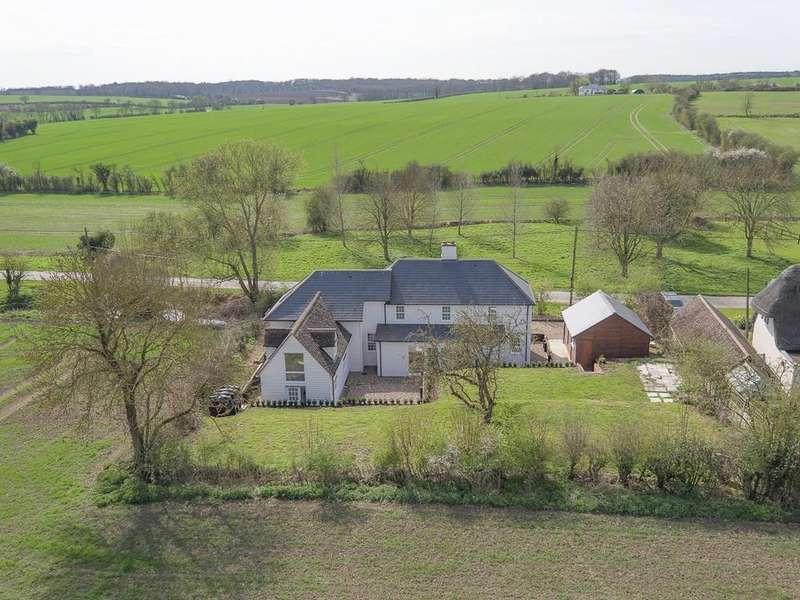 4 Bedrooms Detached House for sale in Langley Lower Green, Saffron Walden