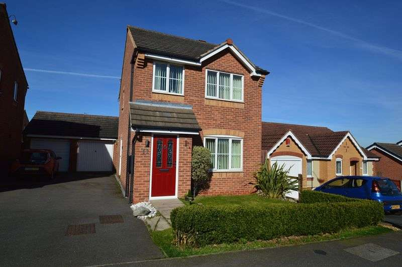 3 Bedrooms Detached House for sale in Bracken Road, Shirebrook