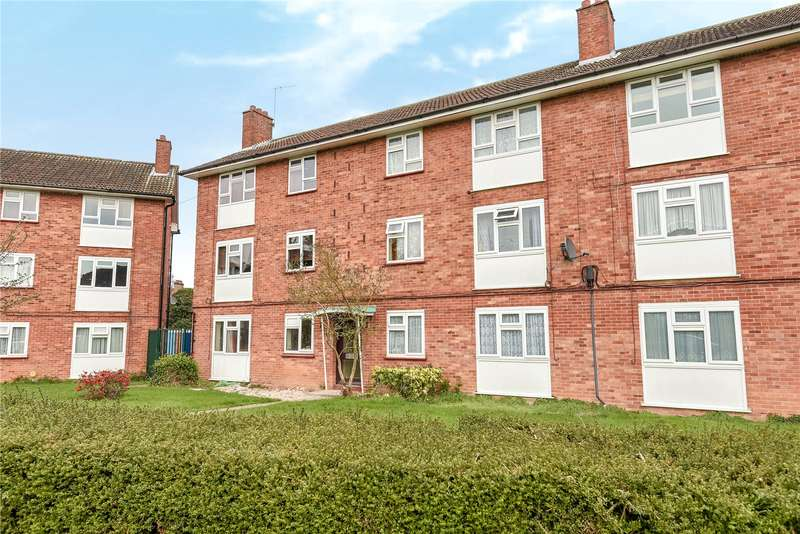 1 Bedroom Apartment Flat for sale in Midhurst Gardens, Uxbridge, Middlesex, UB10