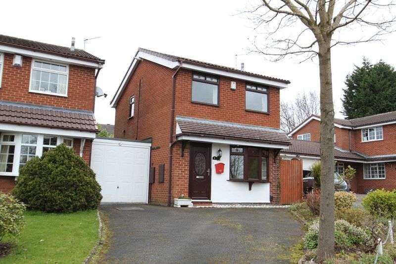 2 Bedrooms Detached House for sale in Halesworth Crescent, Westbury Park