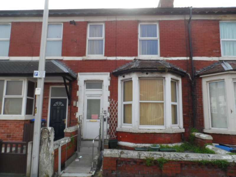 5 Bedrooms Terraced House for sale in Keswick Road, BLACKPOOL, FY1 5PB