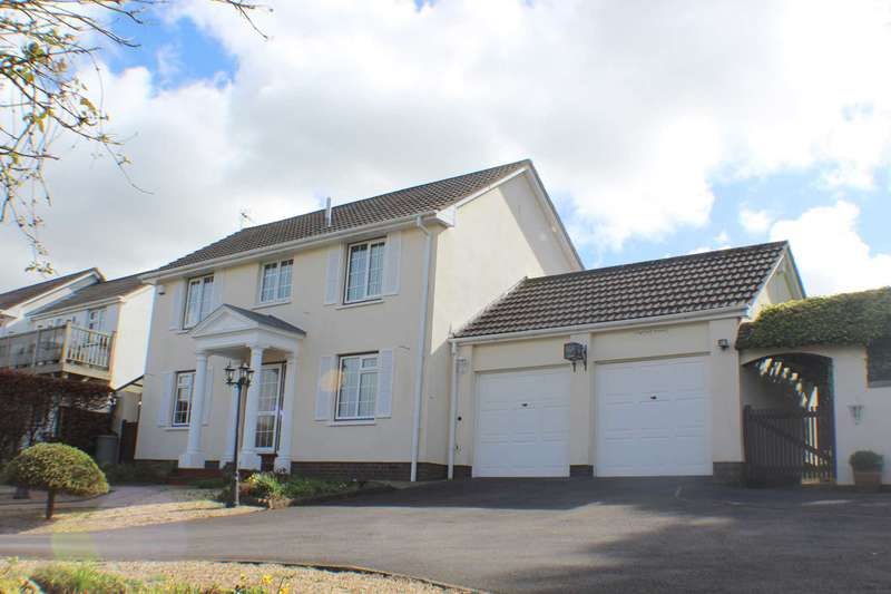 3 Bedrooms Detached House for sale in Hilltop Road, Bideford