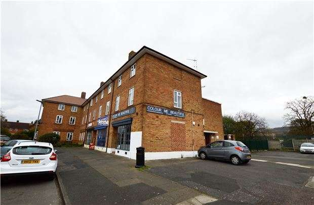2 Bedrooms Maisonette Flat for sale in Lynworth Exchange, Cheltenham, Glos, GL52 5EQ