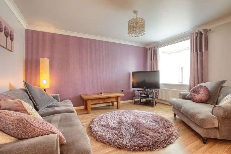 4 Bedrooms Semi Detached House for sale in Apsley Way, Ingleby Barwick