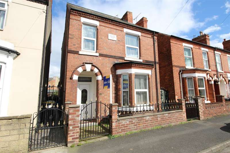 3 Bedrooms House for sale in Park Street, Stapleford