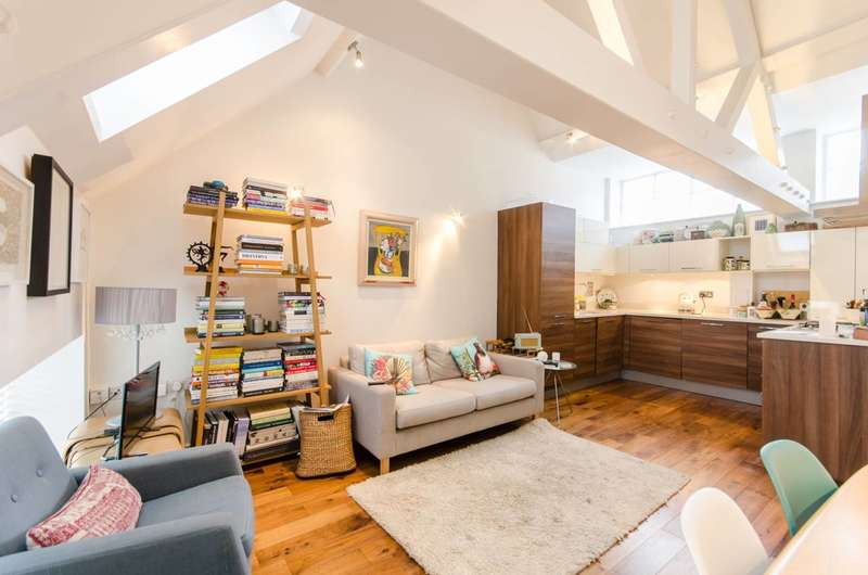 2 Bedrooms Flat for sale in Bagleys Lane, Sands End, SW6