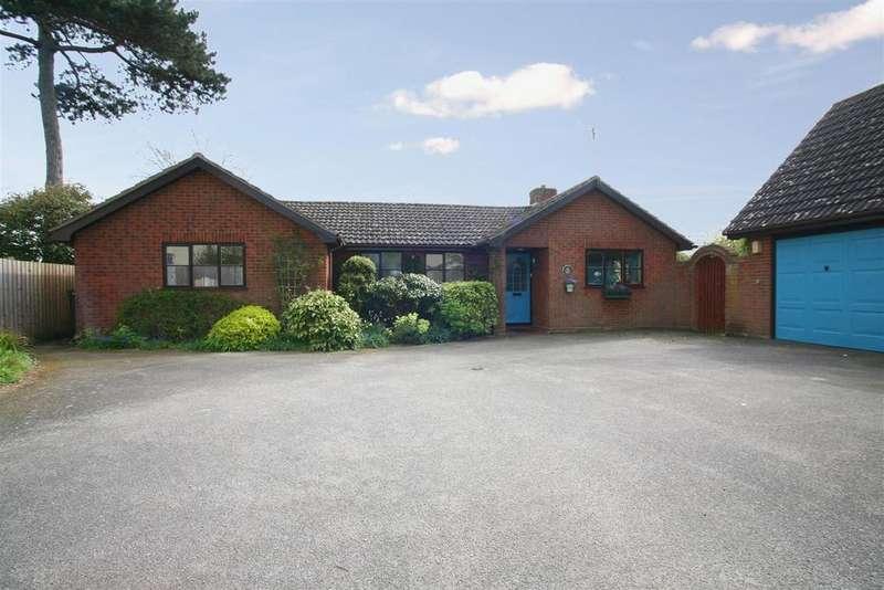 3 Bedrooms Detached Bungalow for sale in Ipswich Road, Woodbridge