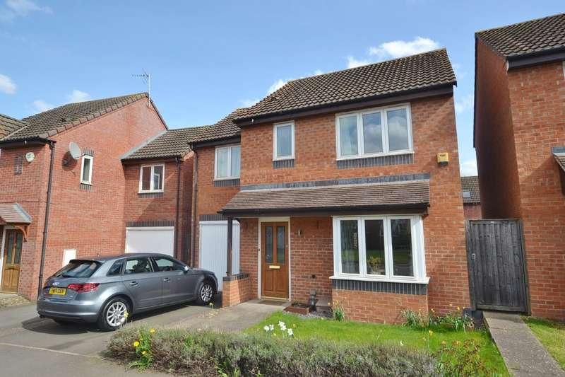 3 Bedrooms Semi Detached House for sale in St. Fremund Way, Leamington Spa