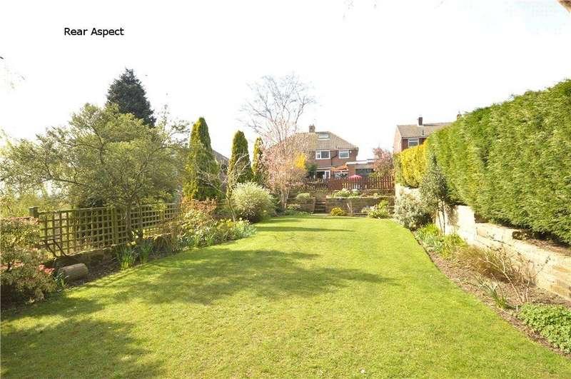 3 Bedrooms Semi Detached House for sale in Grove Farm Crescent, Cookridge, Leeds