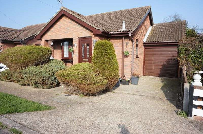 1 Bedroom Detached Bungalow for sale in Shell Beach Road, Canvey Island