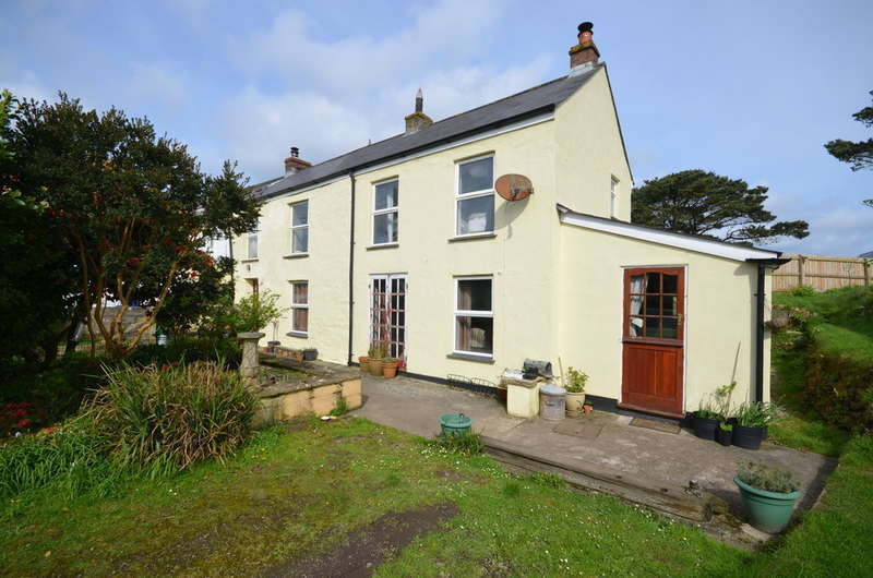 3 Bedrooms End Of Terrace House for sale in Penwinnick Road, St. Agnes, Cornwall