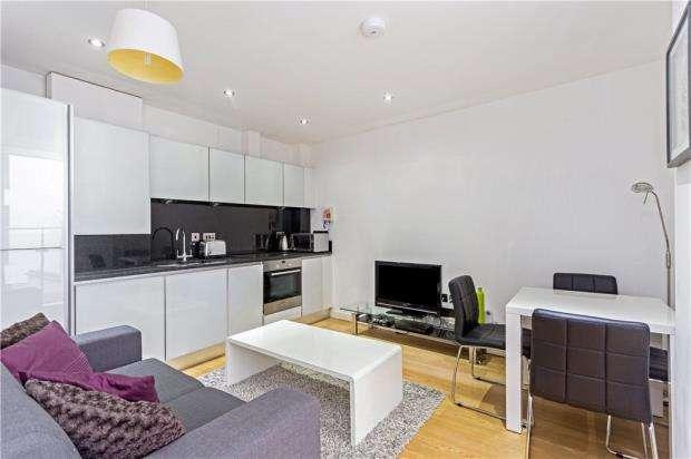 1 Bedroom Flat for sale in Lattice House, 20 Alie Street, London