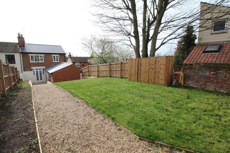 4 Bedrooms House for sale in Woodbridge Road, Ipswich, IP4 - NO CHAIN
