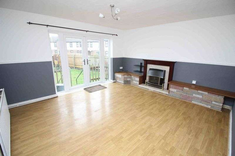 2 Bedrooms Flat for sale in Heol Treferig, Beddau, Pontypridd CF38 2SW