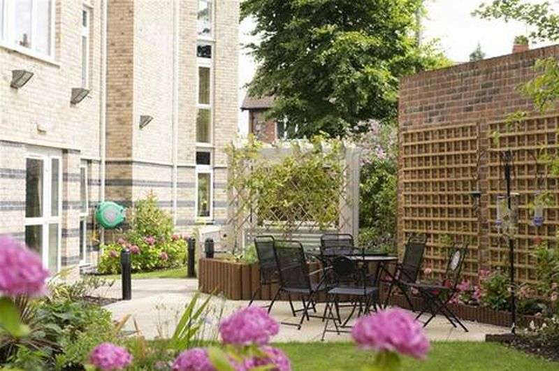 1 Bedroom Flat for sale in Speakman Court : ONE BED - OPEN PLAN APARTMENT