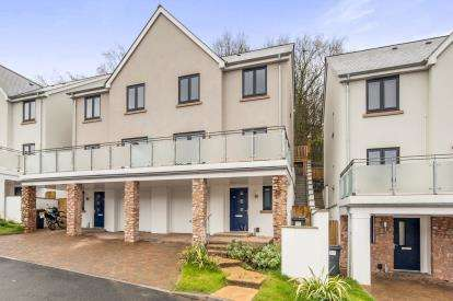 4 Bedrooms Semi Detached House for sale in Newton Abbot, Devon, Newton Abbot