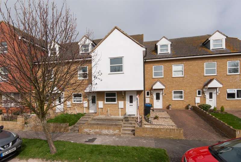 3 Bedrooms Property for sale in Ethelbert Road, Minnis Bay