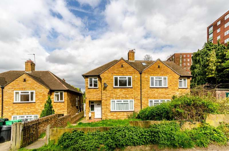 3 Bedrooms House for sale in Stumps Hill Lane, Beckenham, BR3