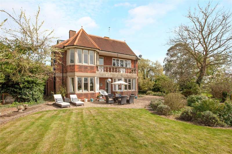 6 Bedrooms Flat for sale in Hitcham Road, Burnham, Buckinghamshire, SL1