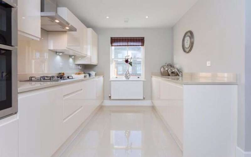3 Bedrooms House for sale in ENFIELD LOCK, GREATER LONDON