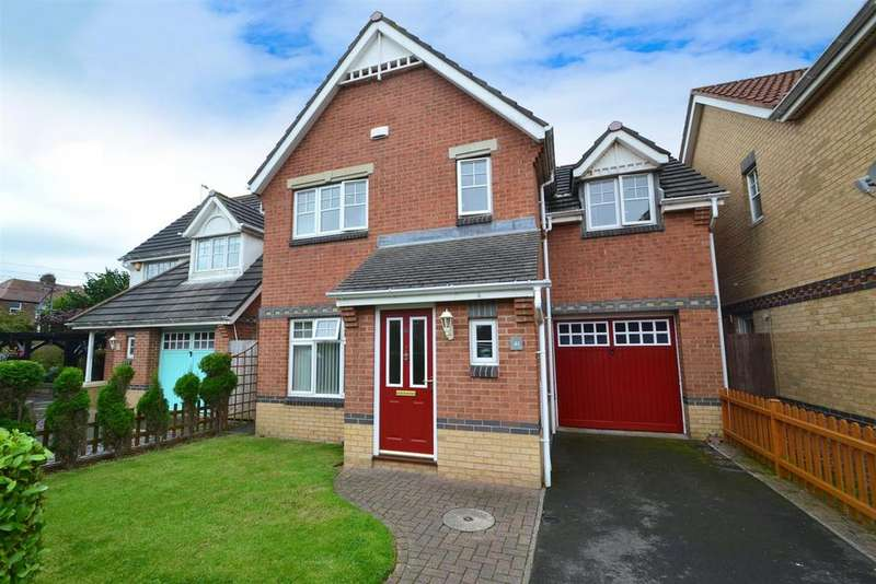 3 Bedrooms Detached House for sale in Sunningdale, West Monkseaton