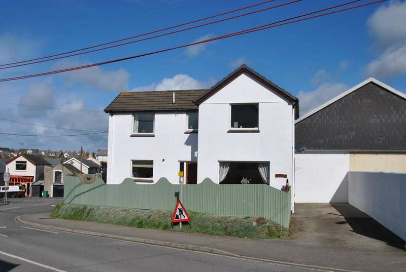 2 Bedrooms Detached House for sale in Broadclose Hill, Bude