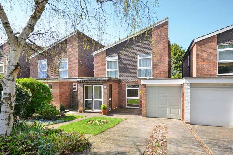 4 Bedrooms Detached House for sale in Westgate Road Beckenham BR3