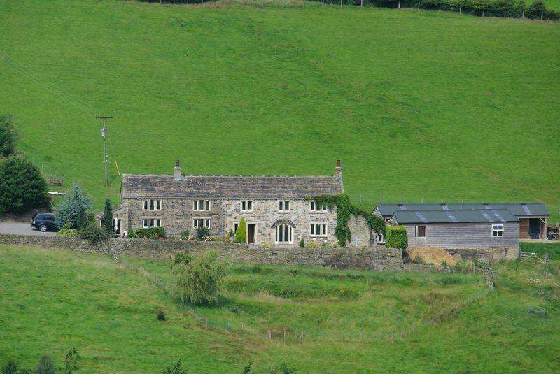 4 Bedrooms Farm House Character Property for sale in Crow Wood Farm, Crow Wood Lane, Stainland Dean, HX4 9QH
