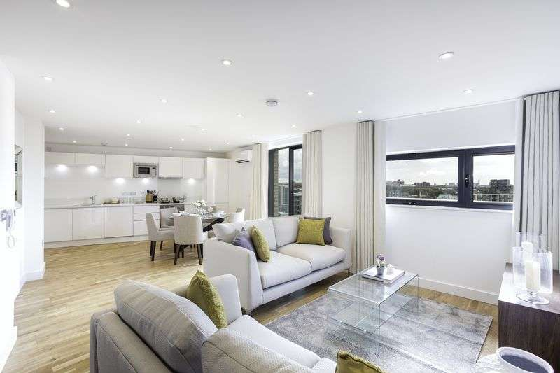 3 Bedrooms Flat for sale in Exclusive opportunity to buy a stunning three bed apartment in The Arc