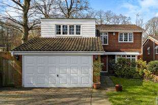 5 Bedrooms Detached House for sale in Kersey Drive, Selsdon Ridge, South Croydon, Surrey