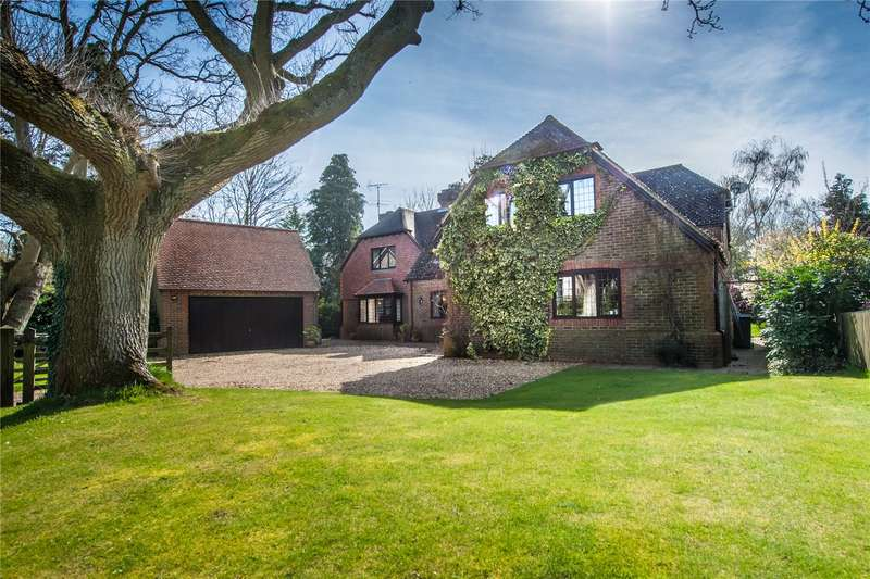 6 Bedrooms Detached House for sale in Auclum Lane, Burghfield Common, Reading, Berkshire, RG7